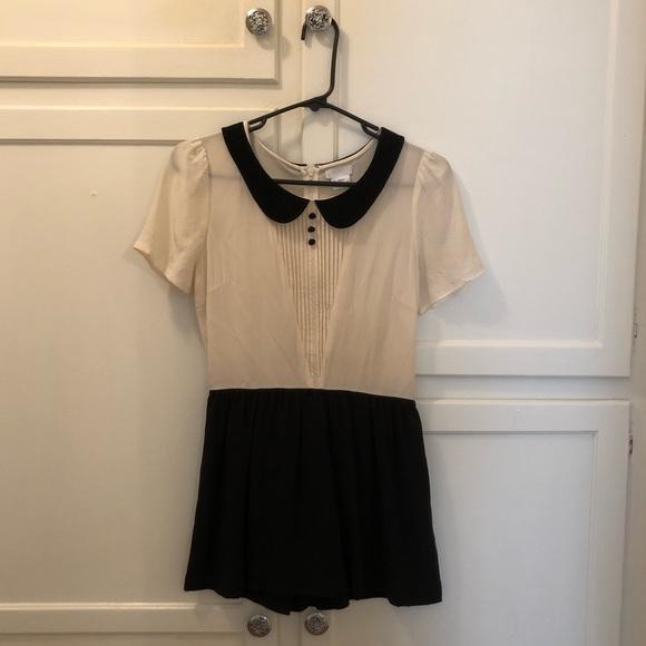 Cooperative Dresses & Skirts - Peterpan collared vintage silk dress/skort! 👗